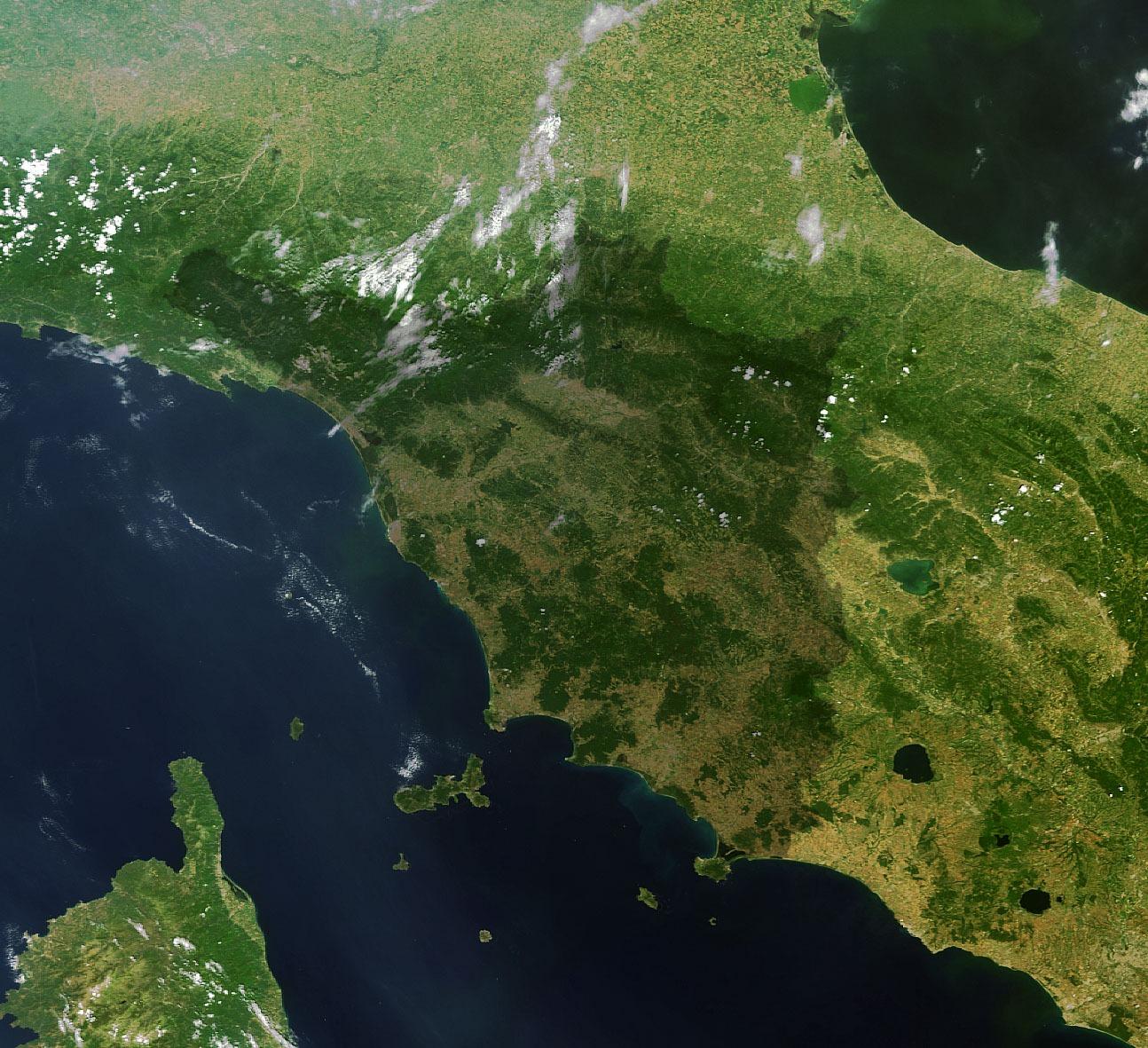La_Toscana_vista_da_Envisat